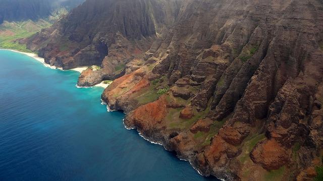 napali-coast-hawaii-kauai-ocean-helicopter-view