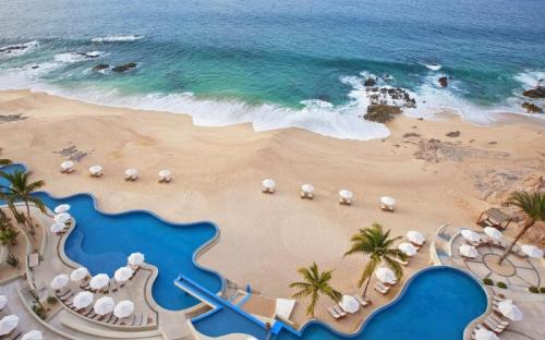 Cabo pool by beach