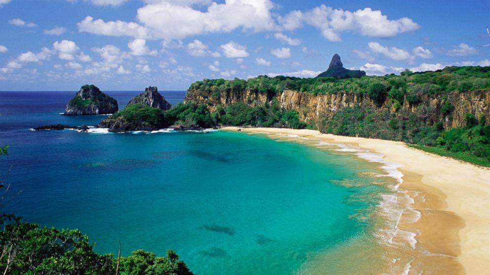 3495b345365bf Voted The World s Best Beach  Pristine Baia do Sancho in Brazil ...