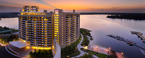 bay-lake-tower-at-contemporary-00-full