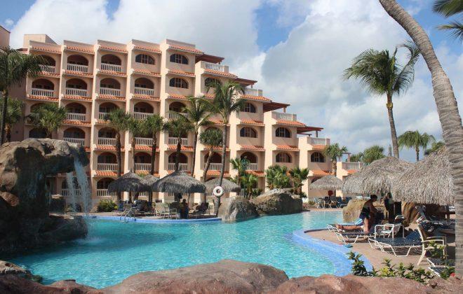 Dive Phoenix Aruba Vacations